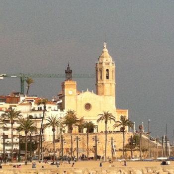 Sitges - vista de la iglesia