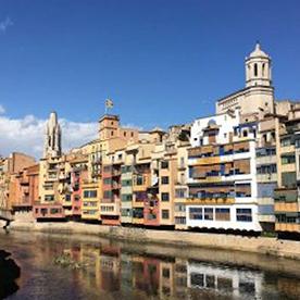 Girona vista desde el río Onyar