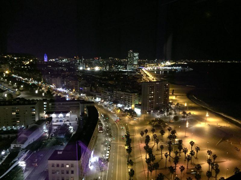 Vista nocturna de la Barceloneta