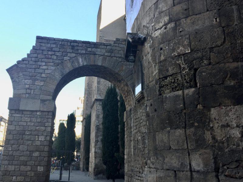 Visita guiada por la Barcelona romana - El Acueducto de Barcino