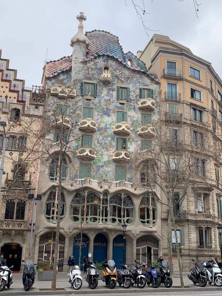 ·バトリョー邸(Casa Batlló)